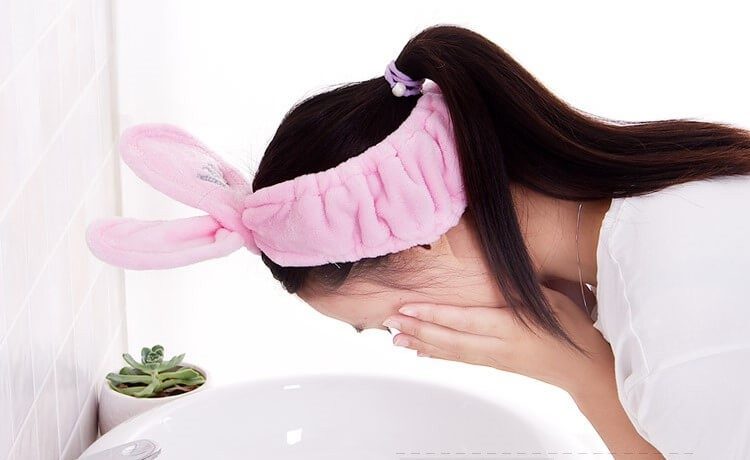 Косметическая повязка на голову с проволокой