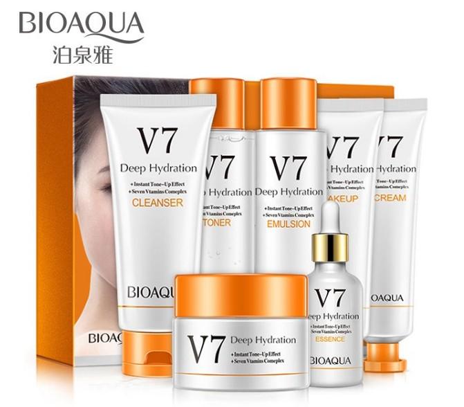 Набор витаминной серии из 7 средств Bioaqua V7 Deep Hydration