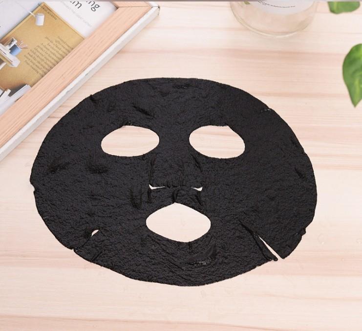 Набор прессованных масок-таблеток для лица с бамбуковым углем 30 шт.