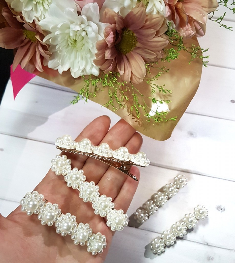 Заколка-зажим 5 жемчужных цветков